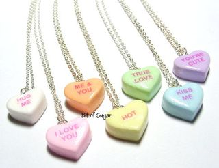 Hugme_necklace